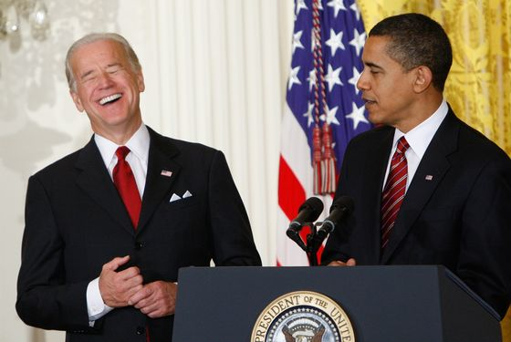 Biden hobnobs with coke head and dope smoker