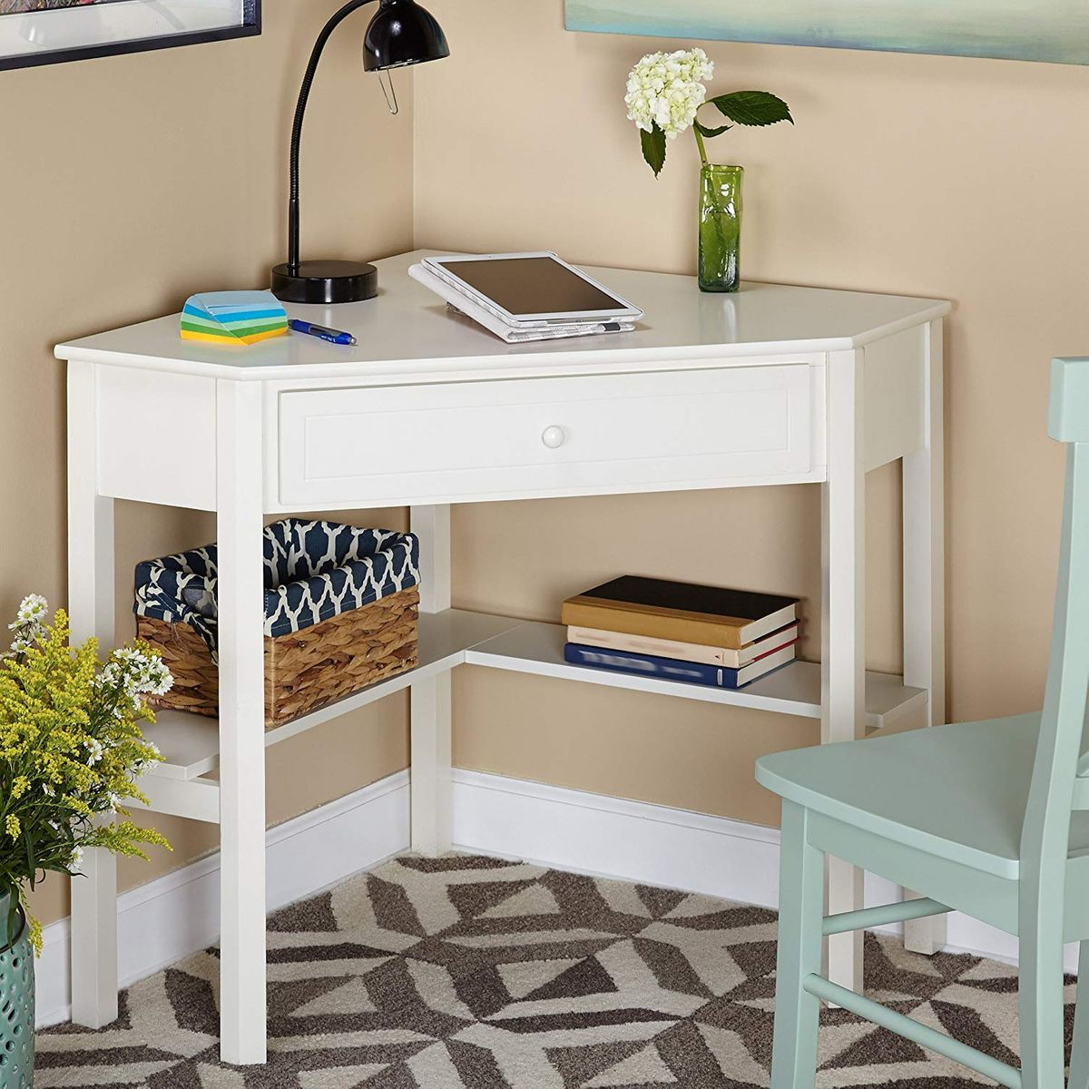 43 Cheap Desks 43  The Strategist  New York Magazine