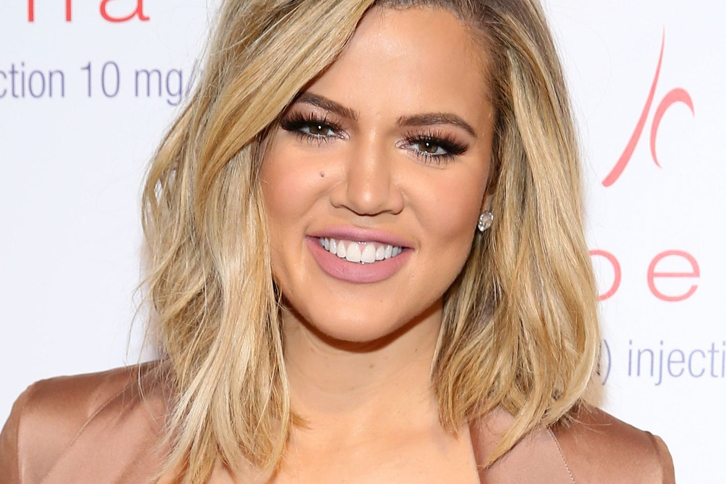 The One Thing Khloe Kardashian Hates To Talk About