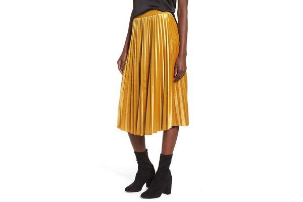 Chelsea28 Pleated Velvet Skirt