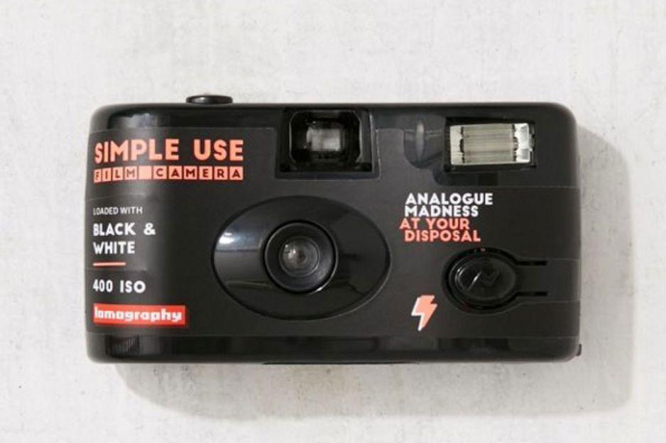 Lomography Simple Use Black + White Film Disposable Camera