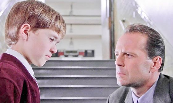 The Sixth Sense Hanging Ghosts 10 Most Inconvenient M...