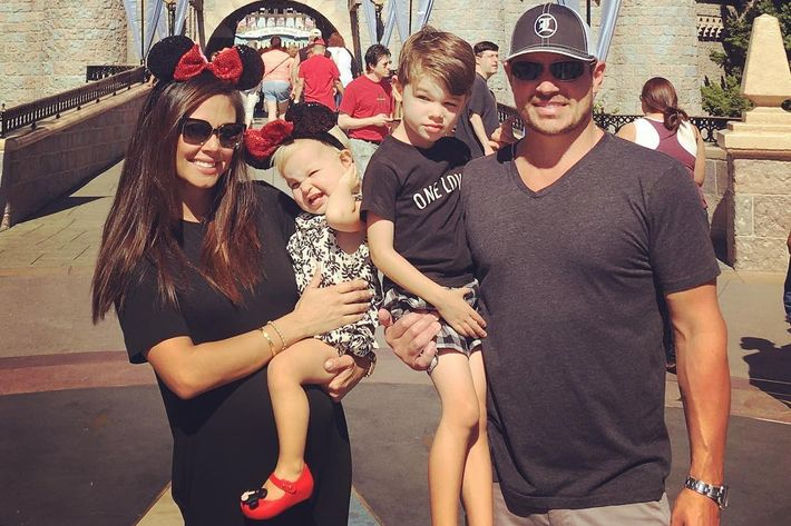 Vanessa & Nick Lachey Welcome A Baby Boy, Making The Holidays Very Merry