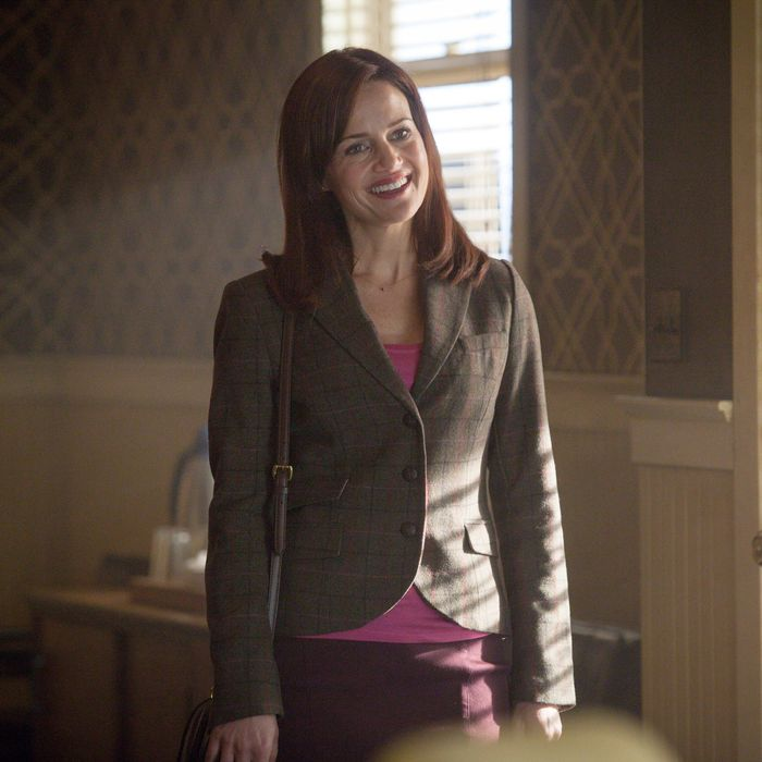 WAYWARD PINES: Kate (Carla Gugino) arrives at the real estate office to see Theresa in the