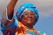President Bingu wa Mutharika's runningmate Joyce Banda raises her index finger as symbol of the Democratic Progressive Party on May 14, 2009 in Lilongwe, during a campaign, for the upcoming elections. Malawi's constitutional court will, on May 15, rule on the eligibility of ex-president Bakili Muluzi to run for president for a third time in next week's elections.  AFP PHOTO/ AMOS GUMULIRA (Photo credit should read AMOS GUMULIRA/AFP/Getty Images)