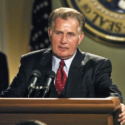 2ae0c2633b607 The 25 Best President Bartlet Moments From The West Wing Let s honor the  best part of the show  the speeches.