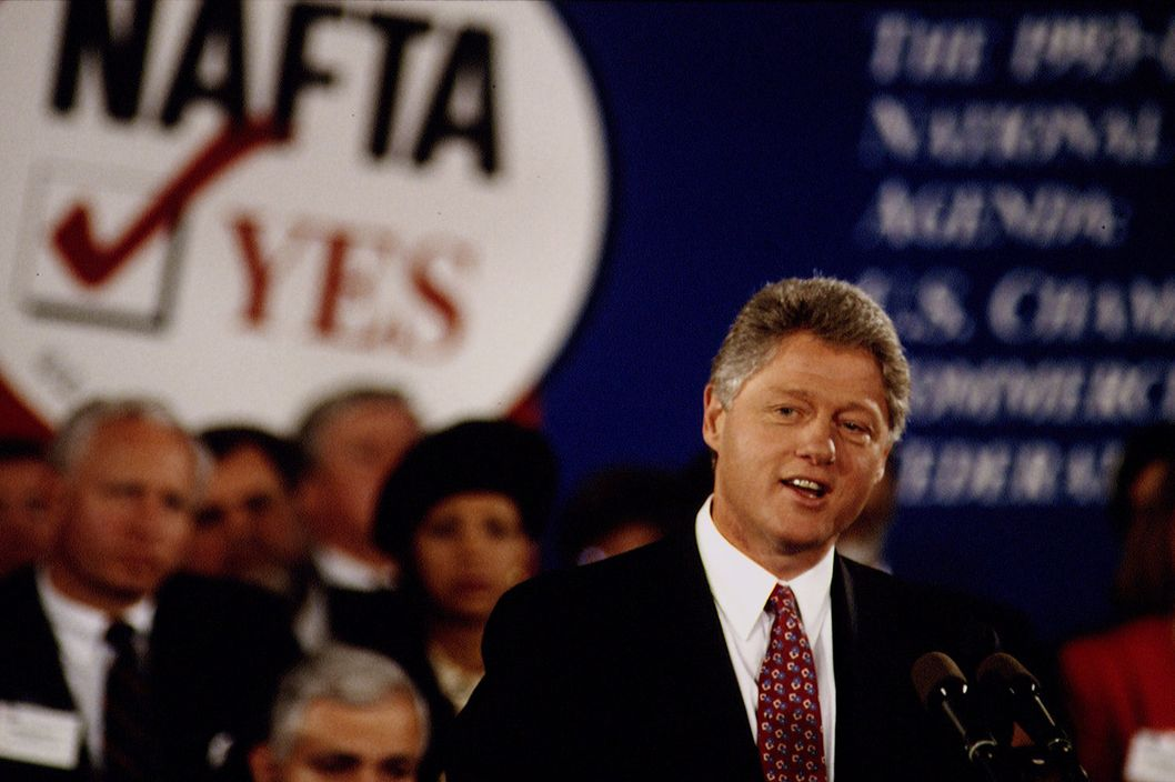 Bill Clinton makes a speech to the Washington Chamber of Commerce.