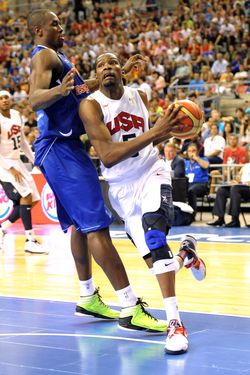 BARCELONA, SPAIN - JULY 24: Kevin Durant #5 of the US Men's Senior National Team drives to the basket during a game against Serge Ibaka #14 of the Spanish Men's Senior National Team at Palau Sant Jordi on July 24, 2012 in Barcelona, Spain.  NOTE TO USER: User expressly acknowledges and agrees that, by downloading and or using this photograph, User is consenting to the terms and conditions of the Getty Images License Agreement. Mandatory Copyright Notice: Copyright 2012 NBAE  (Photo by Andrew D. Bernstein/NBAE via Getty Images)t