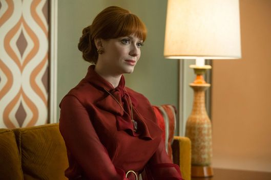 Christina Hendricks as Joan Harris - Mad Men _ Season 7, Episode 2 - Photo Credit: Jordin Althaus/AMC