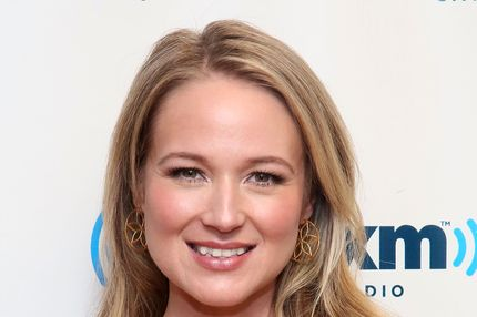 NEW YORK, NY - MAY 16:  Singer Jewel Kilcher visits the SiriusXM Studios on May 16, 2013 in New York City.  (Photo by Astrid Stawiarz/Getty Images)