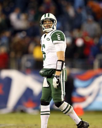 NASHVILLE, TN - DECEMBER 17: Quarterback Mark Sanchez #6 of the New York Jets walks off the field after a play in the fourth quarter against the Tennessee Titans at LP Field on December 17, 2012 in Nashville, Tennessee. (Photo by Andy Lyons/Getty Images)