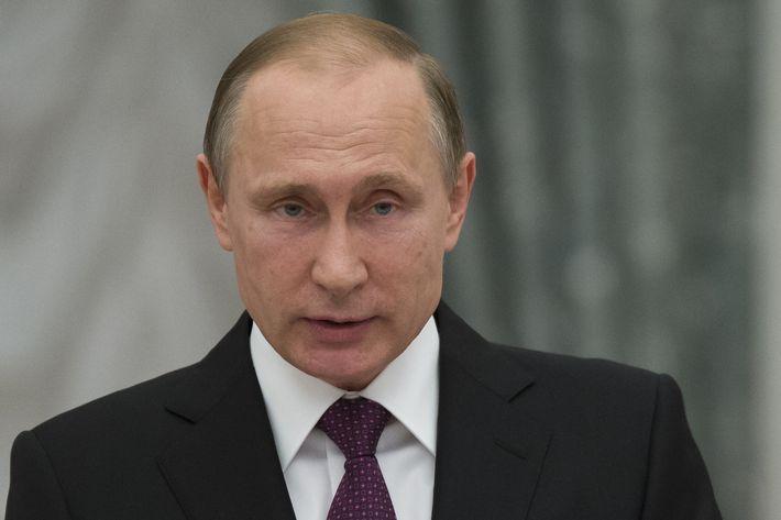 RUSSIA-PUTIN-STATE-AWARDS