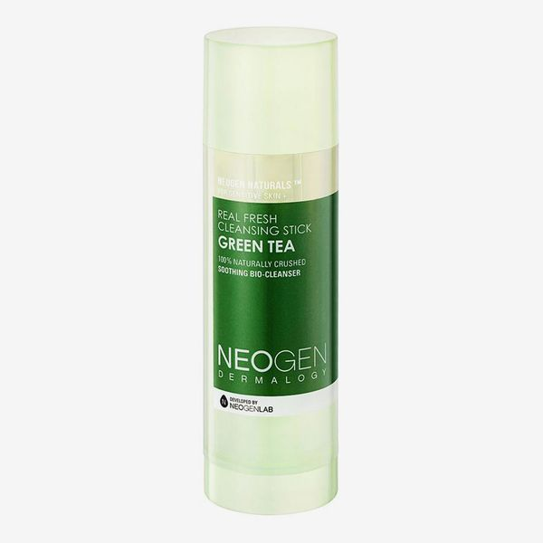 Celebrity Beauty: NEOGEN Genuine Novel Inexperienced Tea Cleansing Stick