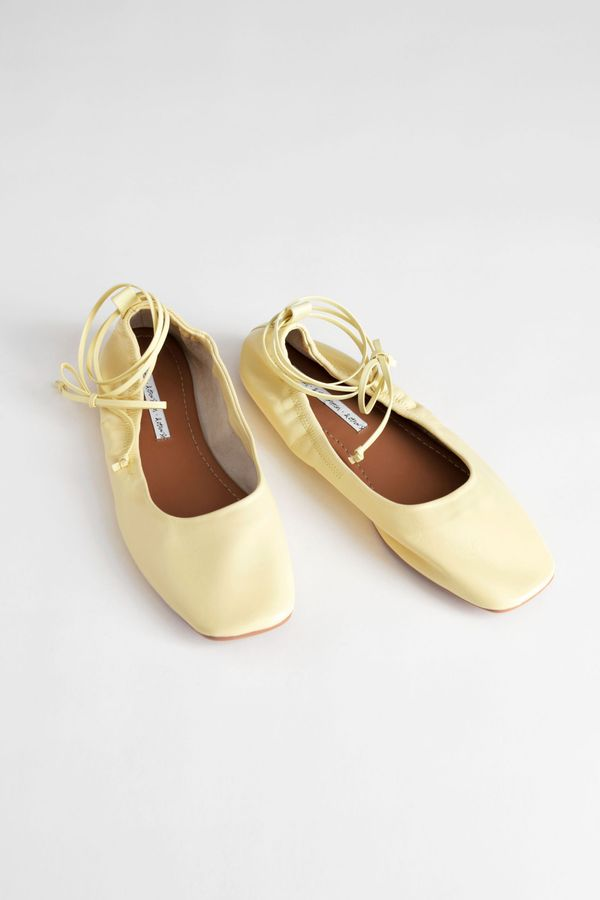 Square Toe Leather Lace Up Flats