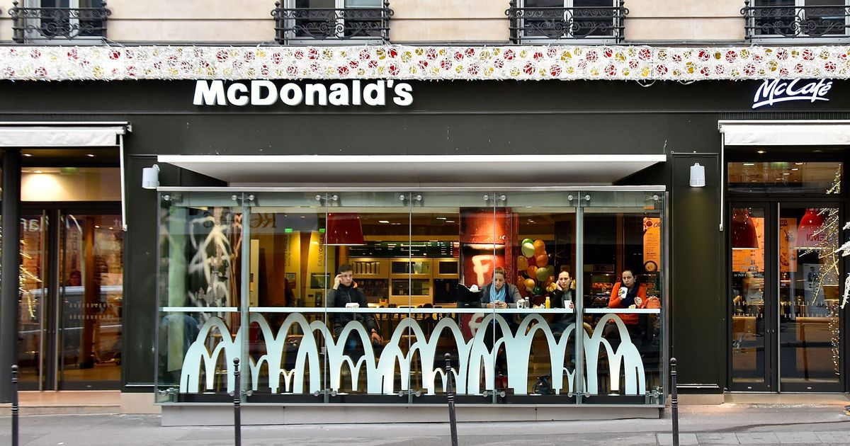 McDonald's Introduces Forks and Knives in France