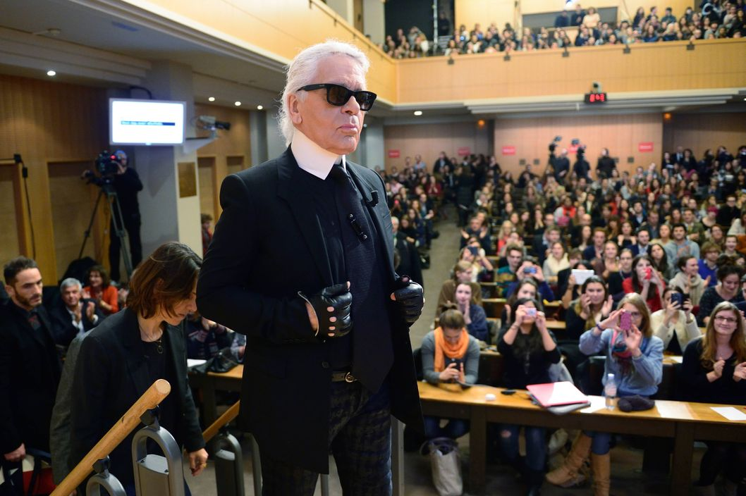"German fashion designer Karl Lagerfeld arrives at the Institute of Political Studies (IEP) or ""Sciences Po"" to give a master class on November 19, 2013 in Paris."