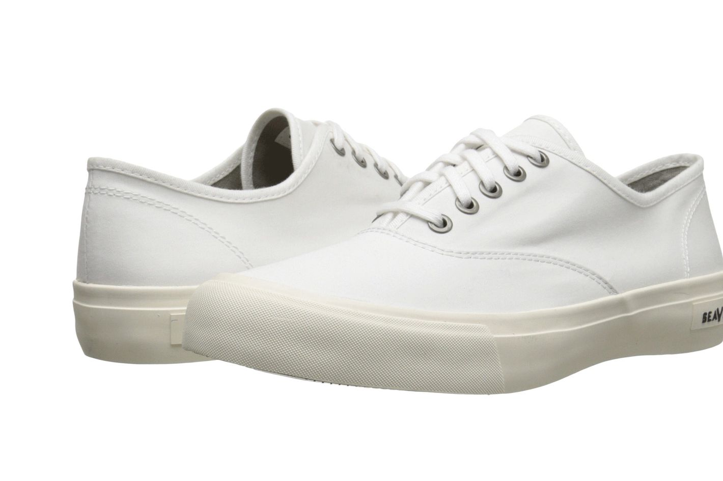 99bc7a77e6c726 The Best White Sneakers to Get a Sneaker Freak