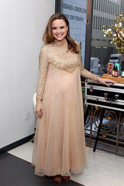 Pregnant Josie Maran.