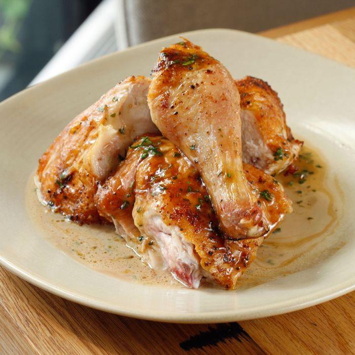 Jams chicken with tarragon butter.