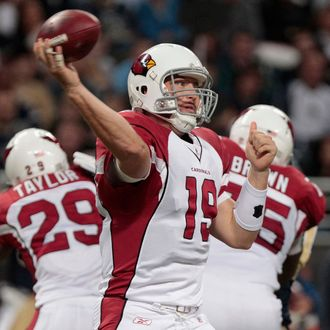 ST. LOUIS, MO - NOVEMBER 27: Quarterback John Skelton #19 of the Arizona Cardinals passes against the St. Louis Rams in the first half of the game on November 27, 2011 at the Edward Jones Dome in St. Louis, Missouri. (Photo by Whitney Curtis/Getty Images)