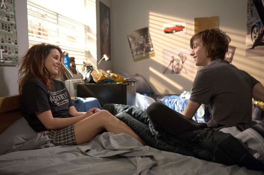 "PARENTHOOD -- ""The Enchanting Mr. Knight"" Episode 516 -- Pictured: (l-r) Mae Whitman as Amber Holt, Miles Heizer as Drew Holt -- (Photo by: Colleen Hayes/NBC)"