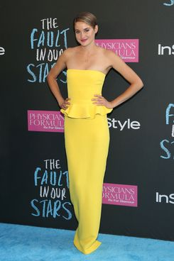 "NEW YORK, NY - JUNE 02:  Actress Shailene Woodley attends ""The Fault In Our Stars"" premiere at Ziegfeld Theater on June 2, 2014 in New York City.  (Photo by Taylor Hill/FilmMagic)"