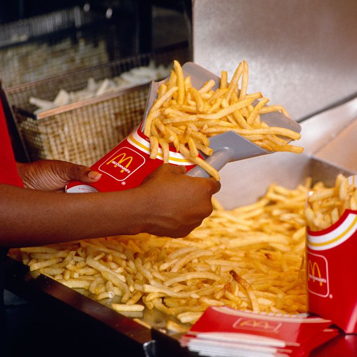Old Mcdonald S Logo: Malcolm Gladwell Discusses McDonald's Fries On His Podcast