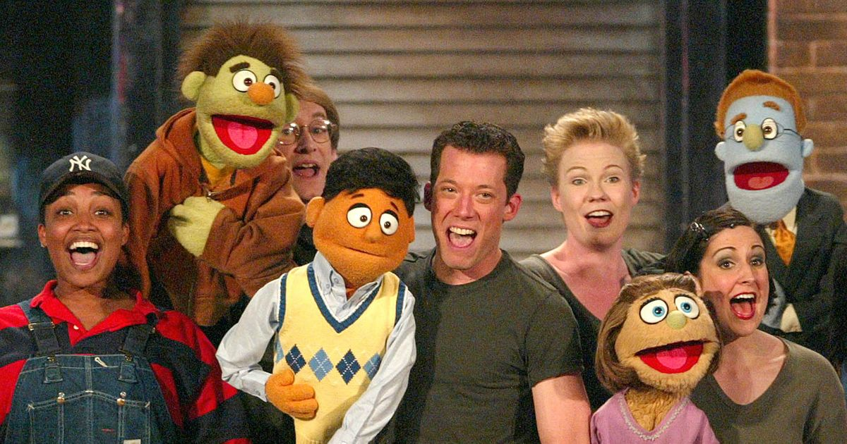 After 15 Years of Ruining Unsuspecting Family's Vacations, Avenue Q to Close