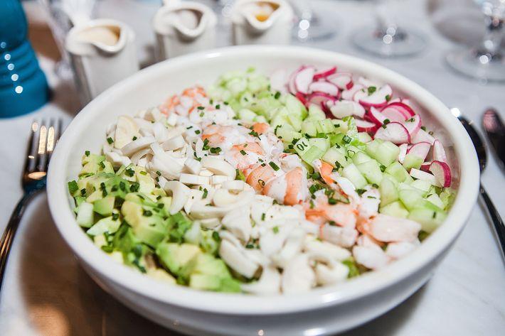 Freddy salad: shrimp, hearts of palm, avocado, radish, cucumber.