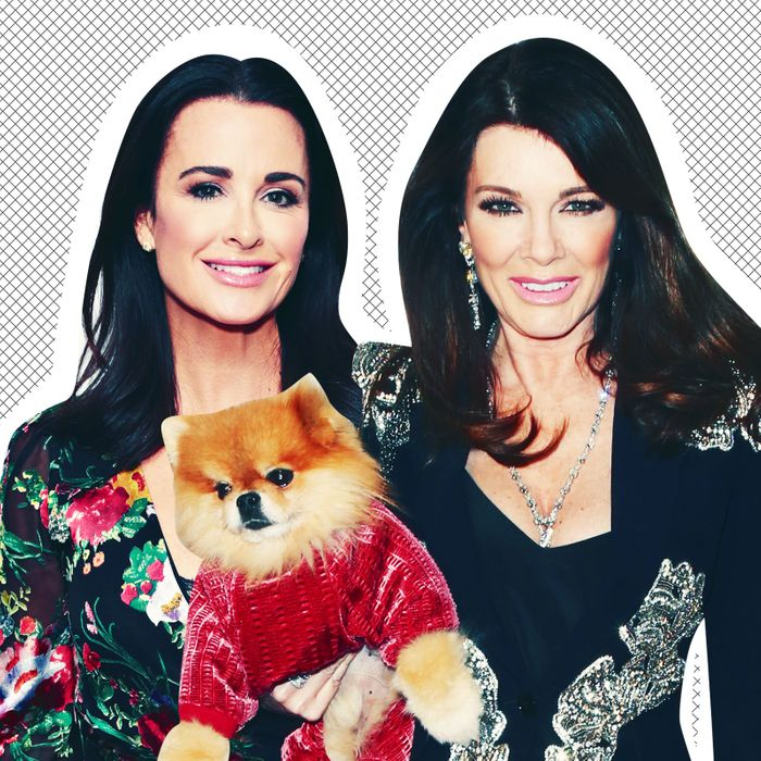 e643a3fb48e Things Are Not Good Between Lisa Vanderpump and Kyle Richards