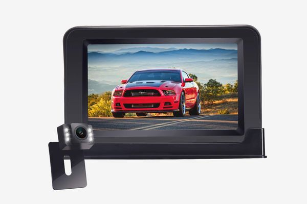 HD 720P Backup Camera and Monitor One Power Kit for Cars