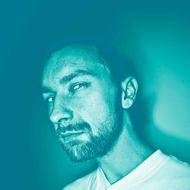 Envious man --- Image by ? Matthias Ritzmann/Corbis