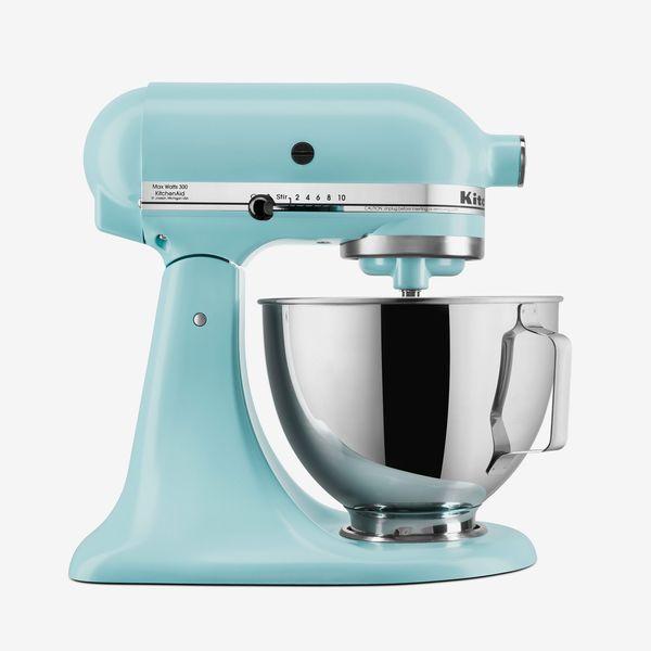 KitchenAid Deluxe 4.5-Quart Tilt-Head Stand Mixer
