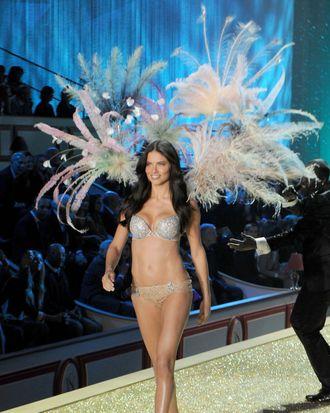 Adriama Lima in last year's Victoria's Secret Fashion Show.