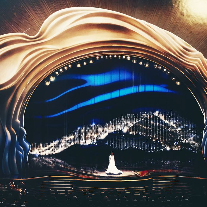 The 2019 Oscars stage.