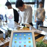 Apple's new iPad is displayed at a branch of KT, a Korean distributor of iPhones and iPads, in Seoul on April 20, 2012. The new iPad went on sale in tech-savvy South Korea, about one month after it made its international debut. AFP PHOTO / JUNG YEON-JE (Photo credit should read JUNG YEON-JE/AFP/Getty Images)