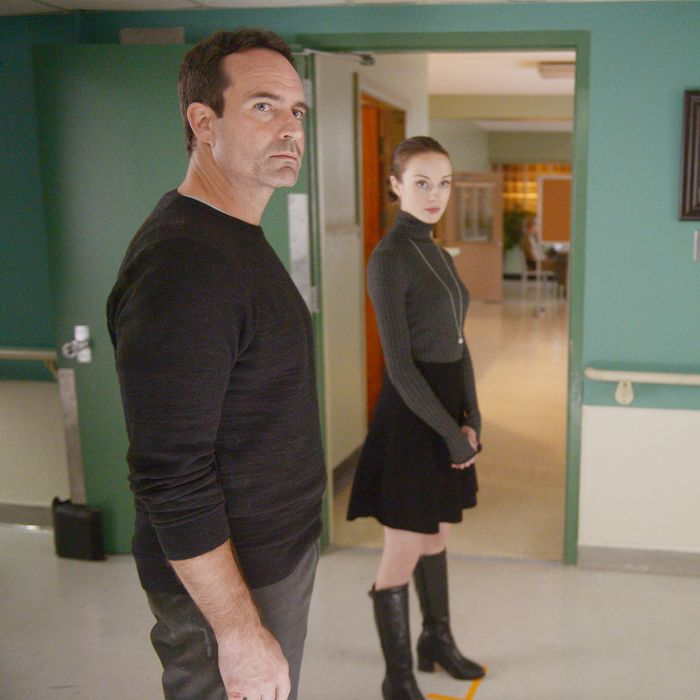 WAYWARD PINES: L-R: Jason Patric, Kacey Rohl and Tom Stevens in the