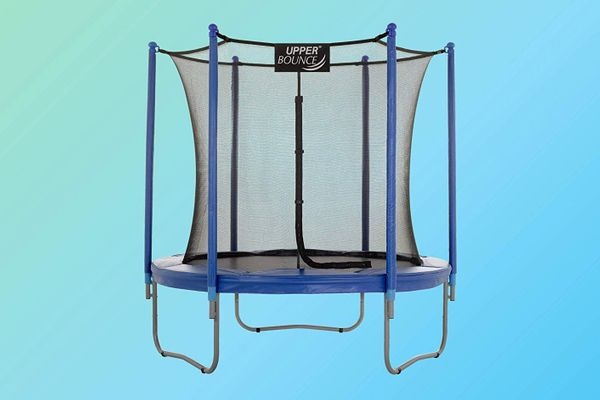 Upper Bounce Trampoline and Enclosure Set Equipped with The Easy Assemble Feature