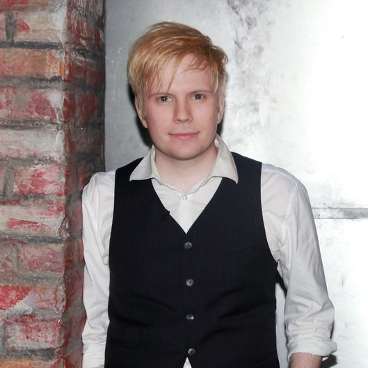 "NEW YORK, NY - NOVEMBER 16:  Patrick Stump poses for photos during a taping of Fuse's ""Hoppus on Music"" at fuse Studios on November 16, 2011 in New York City.  (Photo by Astrid Stawiarz/Getty Images)"