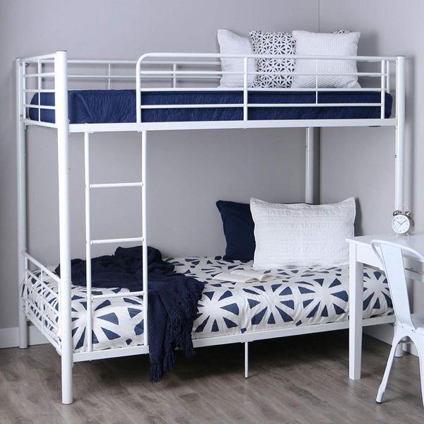 Walker Edison AZTOTWH White bunk Bed, Twin