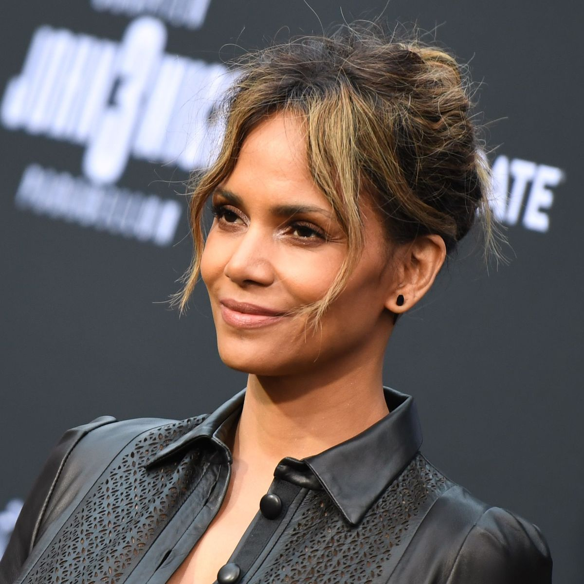 Halle Berry Sorry for Considering Role As Transgender Man