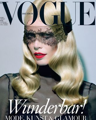 Claudia Schiffer on German <em>Vogue</em>.