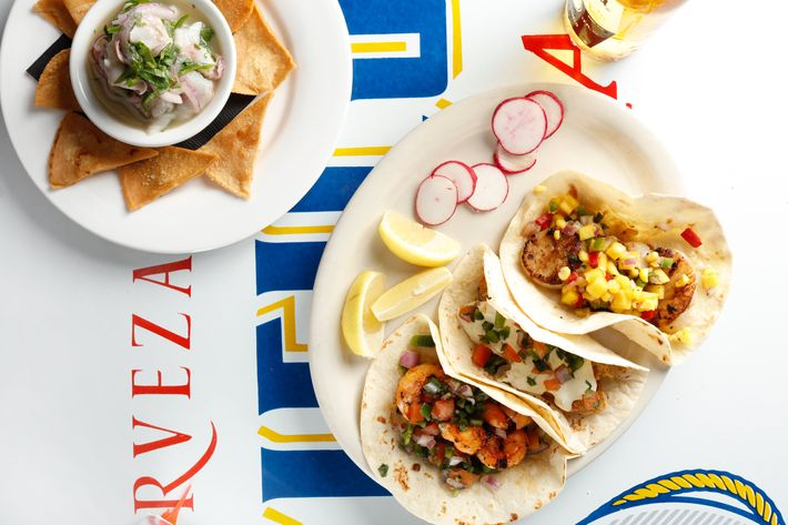 Ziggy s brings mexican seafood to the upper east side for Eastside fish fry menu