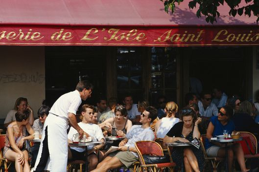 France, Paris, people in outdoor cafe