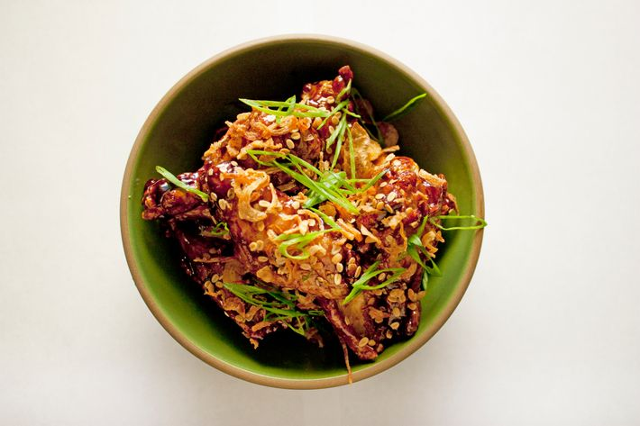 http://pixel.nymag.com/imgs/daily/grub/2012/03/29/29_dragonfly-chickenwings.jpg