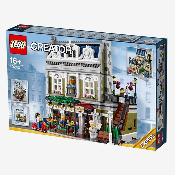 LEGO Creator Expert Parisian Restaurant, Ages 16+