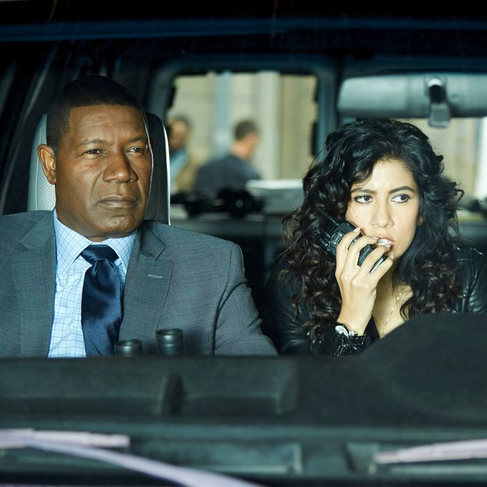 BROOKLYN NINE-NINE: L-R: Guest star Dennis Haysbert, Stephanie Beatriz and Andre Braugher in the