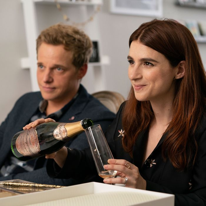 Youre the Worst Season Finale Recap: Making a Murder