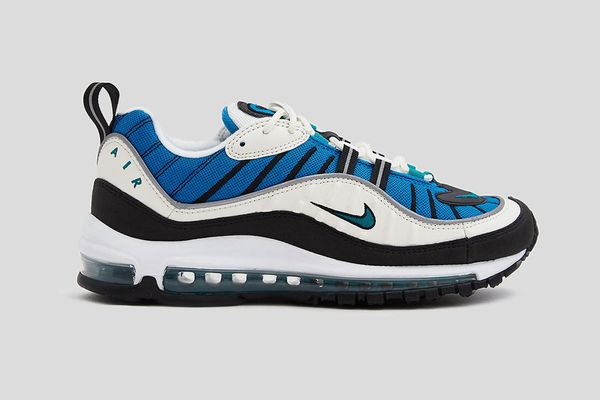 Nike Air Max 98 Shoe in Sail/Radiant Emerald