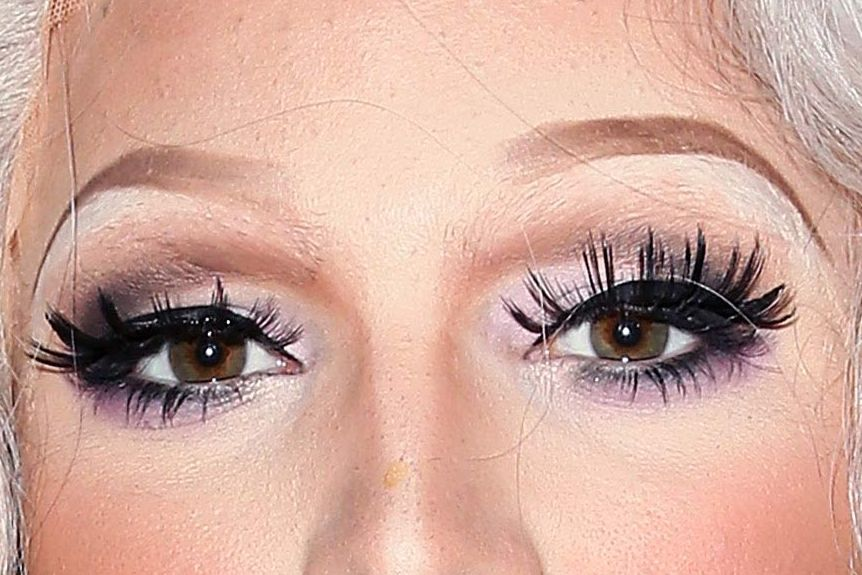 Your Instagram Eyebrows Are Scaring Everyone